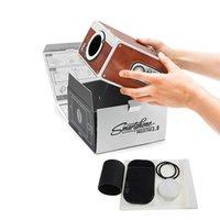 karton-handy-projektor großhandel-Neue Heiße DIY 3D Projektor Karton Mini Smartphone Projektor Licht Neuheit Verstellbare Handy Projektor Tragbare Kino In A Box