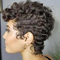 perruque de longueur moyenne brune foncée achat en gros de-Perruques noires courtes pour femmes noires résistant à la chaleur cheveux synthétiques coupés vague de vagues perruque frisée Costume Cosplay