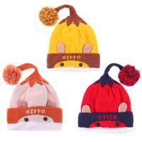 ingrosso cappello da orso infantile a crochet-Inverno Baby Kids Warm Knitted Hat Cute Cartoon Bear Lettera Crochet Soft Fleece Infant Hairball Cap Beanie Fashion Cappellini per bambini