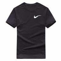 camisas casuales negras para niños al por mayor-2019 Nueva camiseta en color liso Hombre Blanco y negro 100% algodón Camisetas Summer Skateboard Tee Boy Camiseta Skate Tops Tamaño europeo