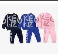 venda de roupas de meninos bebê venda por atacado-KZ bebê meninos meninas tracksuits crianças marca fatos de treino crianças casacos calças 2 pcs / sets crianças roupas venda quente nova moda primavera outono.