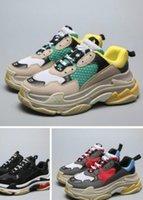 кроссовки с низким вырезом оптовых-Размер 36-45Men 2019 Limited дешевые SaleBrand Повседневная обувь для Triple s Мужчины Женщины Low Cut Повседневная обувь кроссовки унисекс Zapatillas тренеры