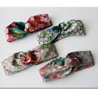 yeni elastik saç bantları toptan satış-2019 Yeni Lüks Tasarımcı 100% Ipek Çapraz Kafa Kadınlar Kız Elastik Saç bantları Retro Türban Headwraps Hediyeler Çiçekler Hummingbird Orkide