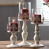 cam oyma desenleri toptan satış-Cam Gölge Pillar Mum Fener Avrupa Beyaz Düğün Centerpieces Oyma Çiçek Desenli Vintage Demir Mumluk