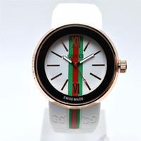 relojes de acero inoxidable al por mayor-Top Moda mujer Relojes suizos Hombres Cronógrafo Reloj de cuarzo Fecha deportiva Relojes de pulsera de alta calidad Diseño superior AAA Reloj de goma