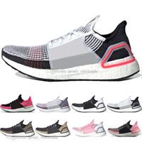 cubiertas de zapatos de lycra al por mayor-Zapatillas de running 2019 Ultra Boost 19 Laser Red Refract Oreo para hombre.