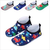 Wholesale baby boy christmas slippers resale online - Baby Shoes Newborn Beach Shoes Wading Shoes Kids Dinosaur Casual Swim Drive Prewalker Boys Chaussures Cartoon Moccasins Floor Slippers B4619