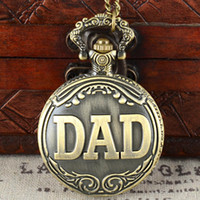montres papa achat en gros de-Fête des pères Full Hunter Quartz gravé Fob rétro pendentif montre de poche chaîne cadeau pour papa