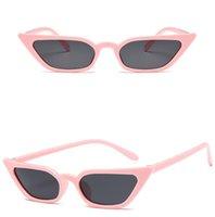lunette soleil güneş gözlüğü toptan satış-Retro Kedi Göz Güneş Kadınlar Küçük Çerçeve Üçgen Güneş gözlükleri Kadın Gözlük ulculos De Sol Feminino Lunette Soleil 8 Renkler hediye