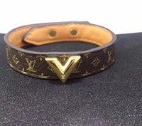 mode armbänder frau großhandel-Echtes Leder Armbänder des heißen Verkaufs Armbandes in 18cm Länge Art- und Weiseschmucksachen für Frauen und Mann V Armbandgeschenktropfenverschiffen