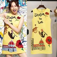 diseños vintage vestido de verano al por mayor-Vestidos de diseño de marca Summer Vintage Fresh Color Print Floral Elegant Party Party Yellow Short Sleeveless Dresses
