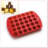 silikon-gummi-form diy groihandel-Umweltfreundlich Qualitäts-Silikon-Gummi-Standards 30 Mini Blumen Canneles Bakeware Diy-Kuchen-Form-Kuchen-Backen