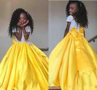 vestido de niña de flores de lazo amarillo al por mayor-2019 New Yellow Girls Vestidos de desfile Princesa Jewel Sequins Top Satin Bow Back Floor Length Niños niñas de flores Vestidos de cumpleaños baratos