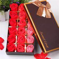 sevgililer için romantik çiçekler toptan satış-Yeni Yıl Lover Hediye Gül Sabunlar 18 adet Çiçekler Romantik Kutu Sevgililer Günü Hediyeleri Için Harika Düğün Hediyesi veya doğum günü Hediyeleri