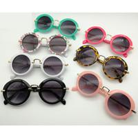 accesorios de gafas para niños al por mayor-Gafas de sol para niños Ronda Vintage Retro Gafas de sol Niños Niñas Diseñador Adumbral Moda Niños Verano Playa Bloqueador solar Accesorios #