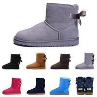 schwarze n weiße schuhstiefel großhandel-Mit Box Designer WGG Snow Boots Damen Australia Classic Bow Ankle Boots Schwarz Grau chestnut navy blue Damen Mädchen Stiefeletten Gr. 36-41