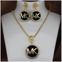 conjuntos de colar cheio venda por atacado-Moda M marca T Colar Brincos Set Colar Mulher completa diamante piscando carta brincos de jóias de duas peças conjunto de jóias