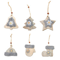 boutons d'étoiles en bois achat en gros de-WS 6PCS Nouveau Modèle Arbre De Noël Étoile Bell Bois Laine Foret Pendentif Chapeau Gants Bottes Neige Bouton Ornements