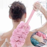 duş sünger fırçası toptan satış-Moda Yeni Uzun Sap Asılı Yumuşak Örgü Geri Vücut Banyo Duş Scrubber Banyo Sıcak Satış Duş için Fırça Sünger Fırça