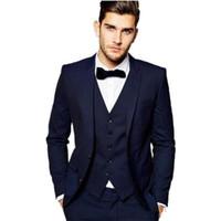 mavi damat tuxedo toptan satış-İki Düğme Lacivert Damat Smokin Çentik Yaka Groomsmen Best Man Balo Erkek Düğün Smokin Giymek (Ceket + Pantolon + Yelek)
