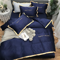 Wholesale black quilt king size resale online - Home Textile Bedding Sets Adult Bedding Set Bed White Black Duvet Cover King Queen Size Quilt Cover Brief Bedclothes Comforter