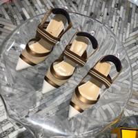 usure du pied talon achat en gros de-Mode féminine sandales 2019 nouvel été rouge extérieur porter des talons hauts Pied confortable Sexy rayé épissage chaussures simples