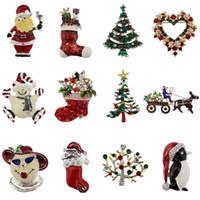 broches de arbol de navidad al por mayor-Broches de broche de diamantes de imitación de Navidad, conjunto de árbol de Navidad / Papá Noel / Sika Deer / Jingle Bell / Pingüino / Manzana / Corona Broches de regalo familiar B329S