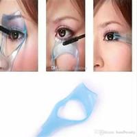 Wholesale mascara applicator guide eyelash resale online - 3 in Makeup Eye Lash Brush Mascara Eyelash Curler Guard Applicator Comb Guide Cosmetic Styling Tool Eyelash Curler Heated aa302