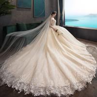 vestido de noiva de seda com crepe venda por atacado-Vestido de Noiva 2019 New Strapless nupcial Rabo de luxo era magro simples do casamento Qi fora do fio Mori-Style Luz