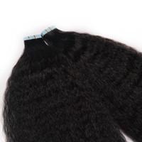 siyah atkı insan saç uzantıları toptan satış-Görünmez Remy Kinky Kıvırcık Cilt Atkı Bandı İnsan Saç Uzantıları Bakire Saç Siyah Kahverengi Sarışın Üzerinde 100g Çift Taraflı Bant Saç 14