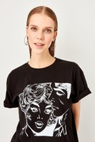 ingrosso camicia dei fidanzati-T-shirt in maglia boyfriend fantasia nera Trendyol TWOSS19VG0123
