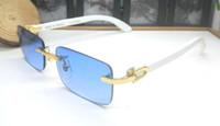 gözlük için mavi lens toptan satış-2019 new varış kadın erkek güneş gözlüğü Ahşap beyaz buffalo boynuz gözlük çerçevesiz gözlük altın kutusu ile mavi pembe sarı kırmızı