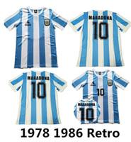 argentinien fußball jerseys großhandel-1986 Argentinien Retro Fußball Trikot Maradona 86 Vintage Classic 1978 Retro Argentinien Maradona 78 Fußball Trikots Maillot Camisetas de Futbol