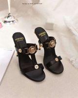 ingrosso pantofole grigio-Pantofole da bagno da donna in pelle sintetica di marca da donna Polsini moda da donna rosa nero bianco grigio alta qualità