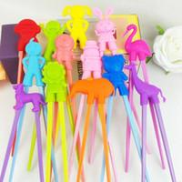 пластиковые тренировки детские палочки для еды оптовых-Бесплатная доставка 100 пар дети ребенок начинающий легко весело обучения Обучение помощник Кролик кролик резиновые пластиковые палочки для еды LX5170