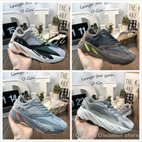 Wholesale pure tracks for sale - Group buy 700 Wave Runner static inertia pure gray men and women EG7487 running shoes Kanye West dad shoes luxury designer track and field shoes C16