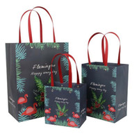 bolsas verticales de flores al por mayor-12 unids / lote 31 * 24 * 13 cm Mango Vertical Bolsa de regalo paquete de ropa Bolso color sólido con letras Flamingo flor oso Bolsas de papel