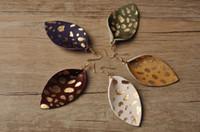 largos pendientes de plumas al por mayor-Pendientes de cuero reales para mujeres reales pendientes de la pluma de la manera larga hoja Rainbery cuelgan gotas para el oído multicolor de otoño joyería de las mujeres