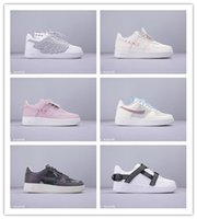ayakkabılar kelebekler toptan satış-2019 Ucuz Satış Jöle Çilek Renkli Kelebek Bahar Neon Kadınlar için Koşu Ayakkabıları Erkek Kürk 1 En kaliteli Spor Sneakers Boyutu 36-44