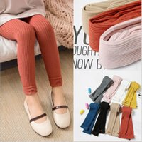 düz renk çocuk giyim toptan satış-Kızlar Sonbahar Kış Tayt Yay Çocuk Kız Giysileri 8 Renk Çorap Pamuk Sıcak Bebek Külotlu Katı Şeker Renk Sıkı Ücretsiz Nakliye