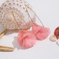 новые серьги оптовых-JUST FEEL Fashion Resin Flower Long Dangle Earrings 2019 New Designs Bohemia Handmade Petal Dangle Earrings For Women Gifts