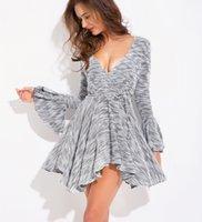 robes de mode europe xl achat en gros de-Nouvelle robe à la mode sexy pour femmes tricotée irrégulière à manches longues col en V sexy robe pull Europe et Amérique taille S-XL