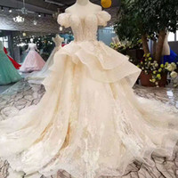 Wholesale small short wedding dress online - 2019 Newest Design Fairy Wedding Dresses Multi Layers Skirt Sweetheart Puffy Short Sleeves Wedding Gowns Summer Small Bride Dress Wedding