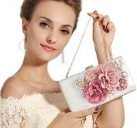 balo akşam poşetleri toptan satış-Düğün Takı Prom Akşam Partisi Çantası 22cm için 3d Çiçekler Dragonfly Debriyajlar ile 2019 Moda İnciler Gelin El Çantaları * 12CM