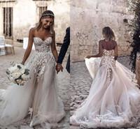 свадебное платье цветочное плюс размер оптовых-2019 Простой дизайн Плюс Размер Кантри Стиль 3D Цветочные аппликации A-Line Свадебные платья Богемские свадебные платья для невесты Robe de Mariee BC2024