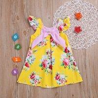 koreanische mädchen gelbes kleid großhandel-Everweekend Süße Kinder Mädchen Nette Streifen Bogen Fliegenhülsen Druck Blumen Kleid Sommer Korean Fashion Gelbe Farbe Baby Kleid