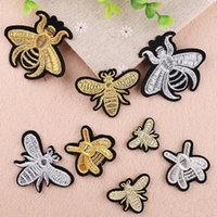 Wholesale stick patches resale online - Embroidered Honeybee Patch Plaster Decal Clothes Decor Repair Caves DIY Ironing Back Glue Stick Shoes Cap Craft Tools yx bb