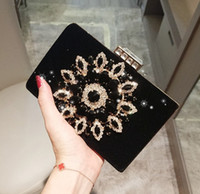ingrosso borsa nera del vestito da sera-2019 Lady Black Red Borse da sera Party Dress Borse Sparkly Crystas Perline Shoulder Bags Frizione Incredibile Wedding Wedding Mini Purse