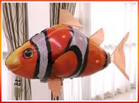 balão dos peixes voando controle remoto venda por atacado-IR RC Nadador de Ar Tubarão Peixe-palhaço Voando Nadadores de Ar Montagem Inflável Natação Palhaço Peixe Balão de Controle Remoto 50 pcs