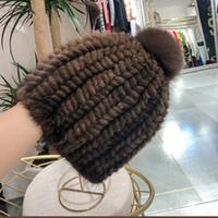 knitted hats 도매-여성 니트 리얼 모자 여성 응원단의 치어 니트 모자 여성 비니 여자 러시아 모피 모자 정품 밍크 모자 겨울 모자를 따뜻하게